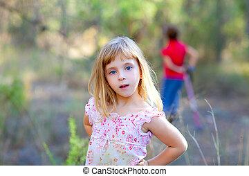 girl, forêt parc, blonds, gosse
