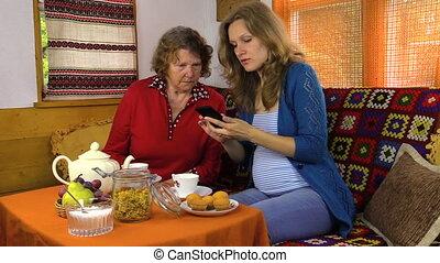 girl granny smart phone