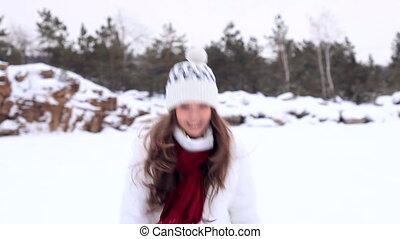 girl., hiver, snowball!