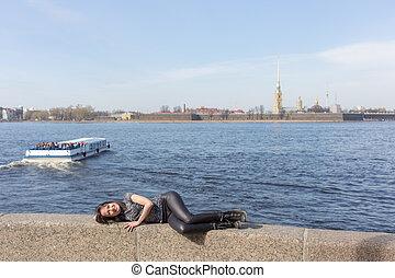 girl in Sankt-Peterburg - girl lying on the parapet in Sankt...