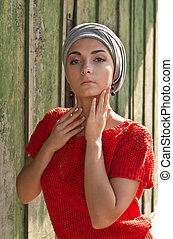 girl in the gray turban