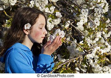 girl, jeune, fleurs, sentir, cerise