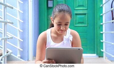 girl, jeune, tablette, numérique