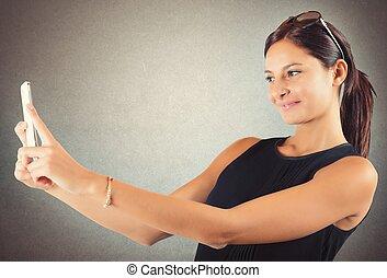 Girl likes to shoot