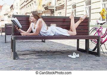 girl, livre, pose, lecture, banc