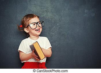 girl, livre, tableau noir, heureux, écolière
