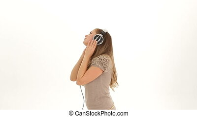 Girl loves to listen music