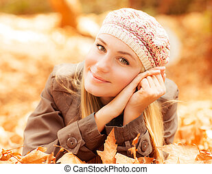 Girl lying on the ground - Photo of cute girl laying down on...