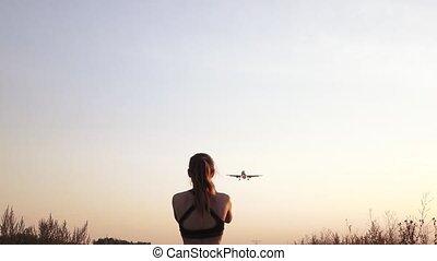 Girl meets a plane - When landing a passenger plane and...