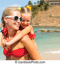 girl, mignon, mère, beau, plage