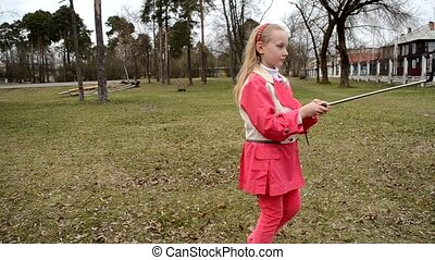 girl of the selfie stick park pink clothes