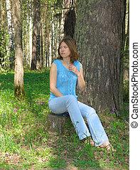 Girl on the stump