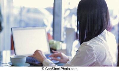 girl, ordinateur portable, café, confortable, fonctionnement