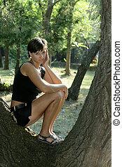 girl, parc, arbre