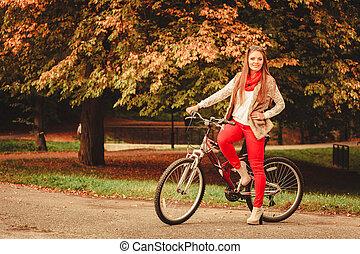 girl, parc, automnal, délassant, bicycle.