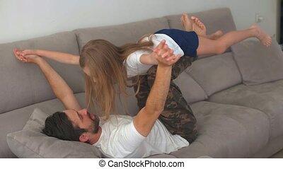 girl, petit, jeu, père, jeune, apprécier, mignon, amusement...