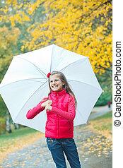 girl, peu, marche, pluie