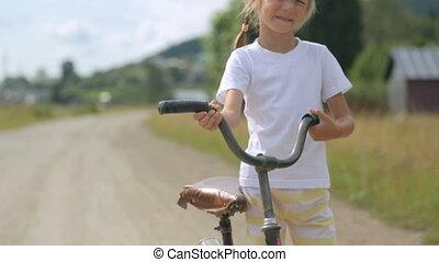 girl, peu, vélo