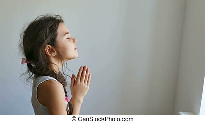 girl praying - girl teen praying church belief in god prayer...