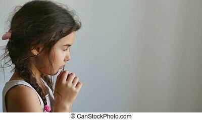 girl praying - girl teen praying prayer church belief in god...