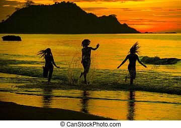girl silhouette on sunset
