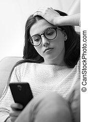 girl, smartphone, triste