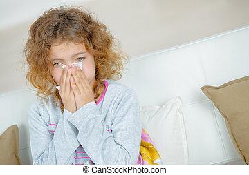 girl, souffler, tissu, jeune, nez