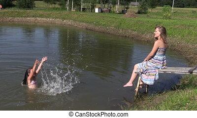 girl splash mother