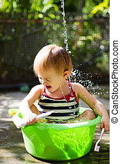 girl summer baby bath