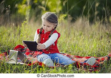 girl, tablette