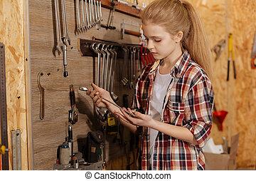girl, vif, clé, tenue, observateur