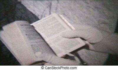 girl, vintage), (1960, tenue, bible