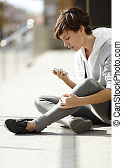 girl with cell-phone
