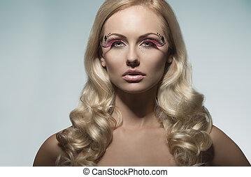 girl with fashion creative make-up