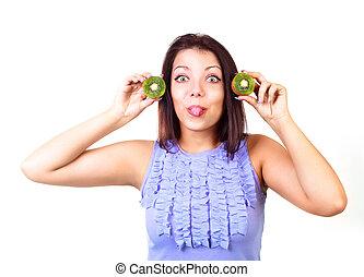 girl with kiwi