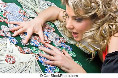 Girl won money - Poker girl won a lot of money