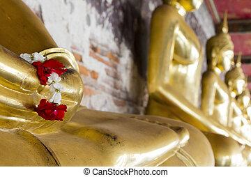 girland, elhelyezett, buddha, szobor, menstruáció, öl