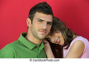 Girlfriend leaning on boyfriend's shoulder
