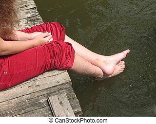girl\\\'s, feet