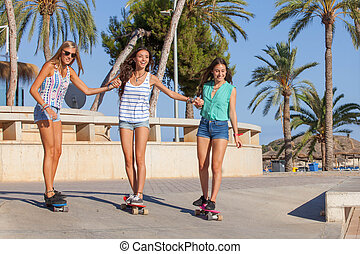 girls on holiday in Magalluf Mallorca