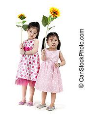 Girls with sunflower