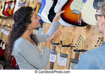 gitaar, aankoop