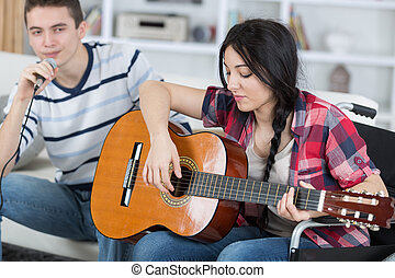 gitaar, vrienden, spelend