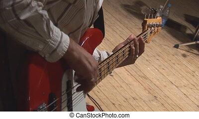 gitara 2, bas