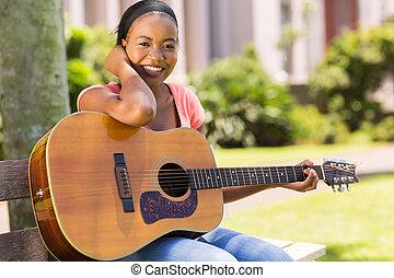 gitara, kolegium, dziewczyna, practicing, afrykanin