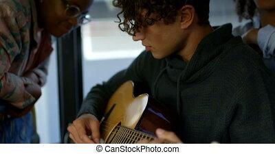 gitara, znowu, samiec, commuter, autobus, 4k, podróżowanie, ...