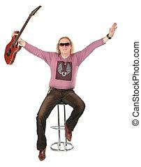 gitarre, glücklich, hebt, mann, hand