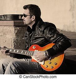 gitarre spieler, an, sonnenuntergang, in, weinlese, ton