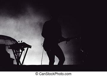 gitarrist, spielende , leben, in, stadium lichter