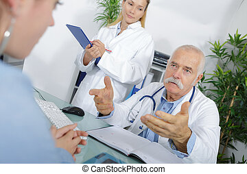 giving advise to a patient